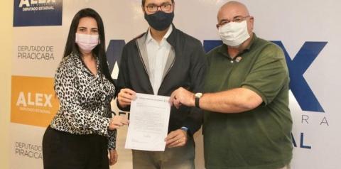 Vereadora Mirian Vanessa articula emenda de R$ 150 mil para a Cultura
