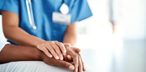 Na pandemia, profissionais da saúde amargam redução de até 36,4% nos salários