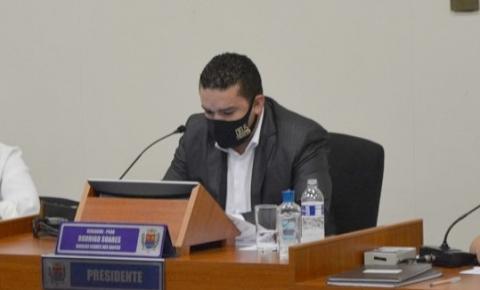 Vereador Rodrigo Soares solicita instalação de câmeras e reforço da segurança no centro de Araras