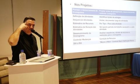 Prefeitura inicia treinamento para capacitação de chefes do Executivo Municipal