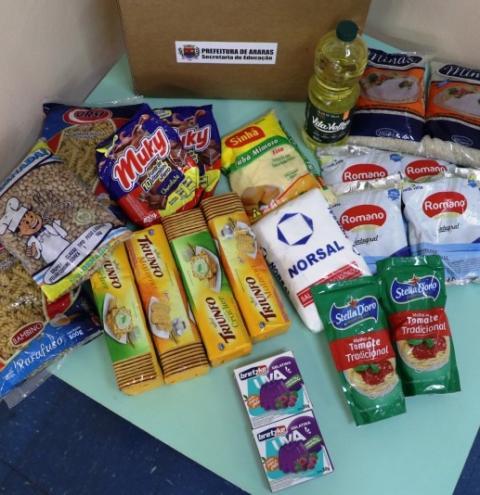 Educação entrega 11 mil kits de alimentos não perecíveis para alunos da Rede Municipal Ensino